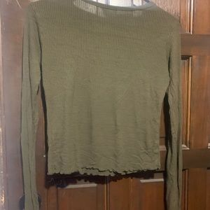 Free Kisses Tops - Green long sleeve shirt medium 1 imperfection